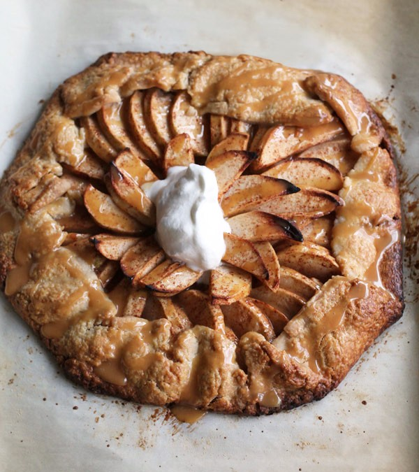 Apple and Salted Caramel Crostata