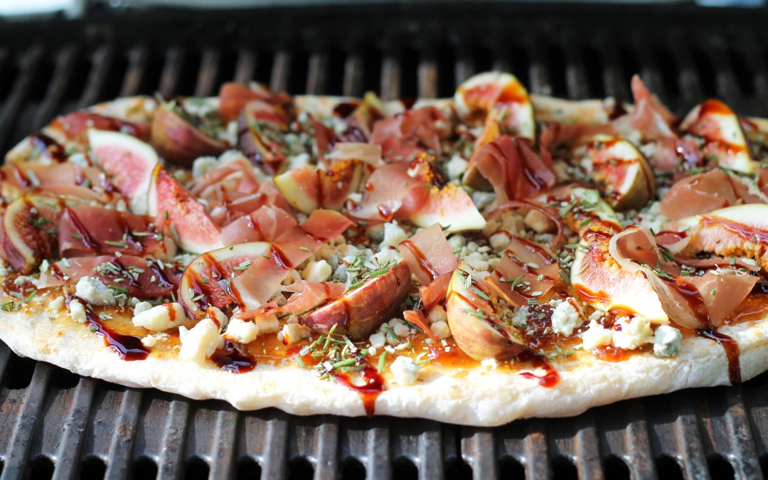 Grilled Flatbread with Fig, Blue Cheese and Prosciutto