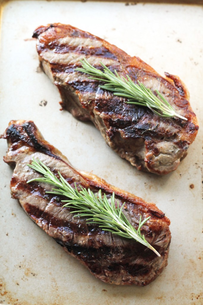 Garlic-Rosemary-Strip-Steak-Beauty